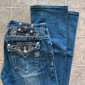 Miss Me bootcut jeans size: 27 inseam: 34
